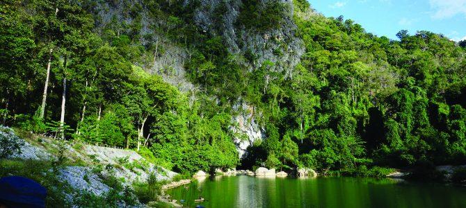 >> Exposition sur les massifs karstique France-Laos <<